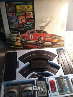 Model Motoring Stirling Moss Table Top Racing Set in box Aurora
