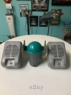 Vintage Drive In Movie Speaker Set With Light Up Junction Box/pole Top